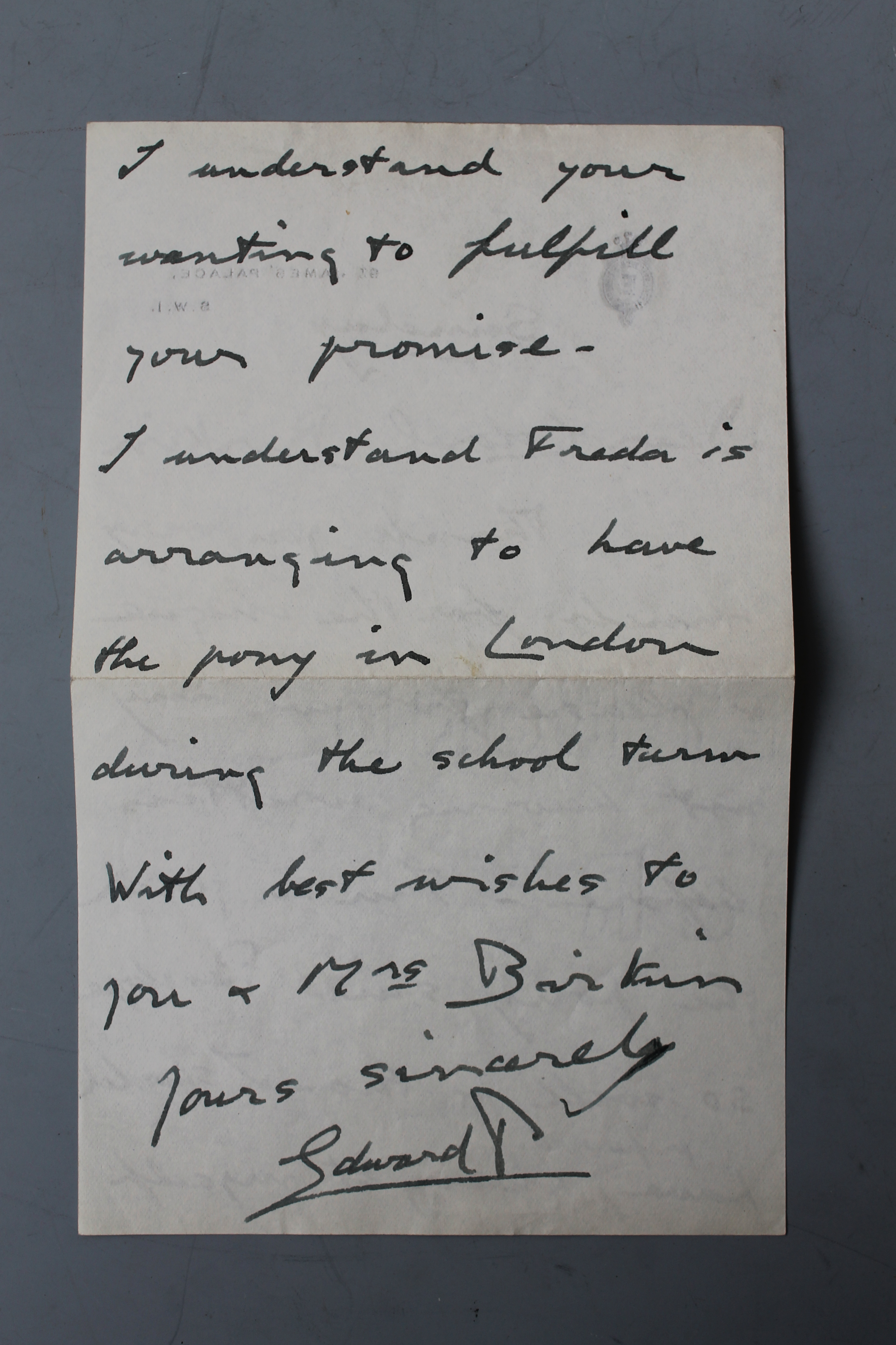 Royal Letters From Love Affair To Be Auctioned
