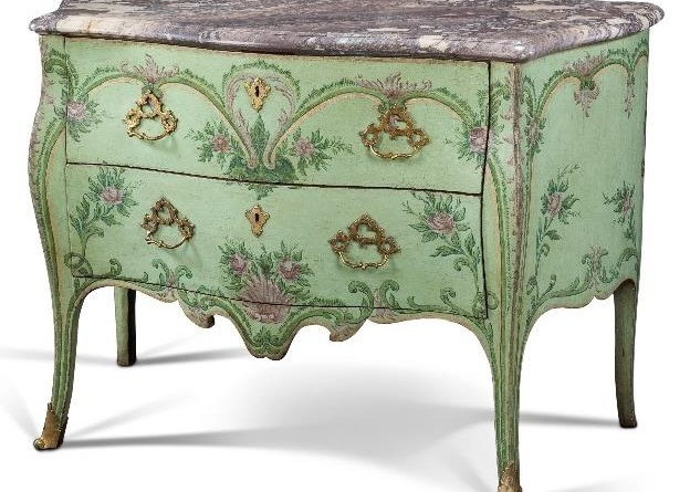 A Genoese commode