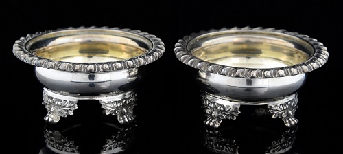 The highest hammer price of the sale was for a pair of George IV English silver salts by London-based silversmith Paul Storr. The low-end estimate was £600, and they sold for £1,100