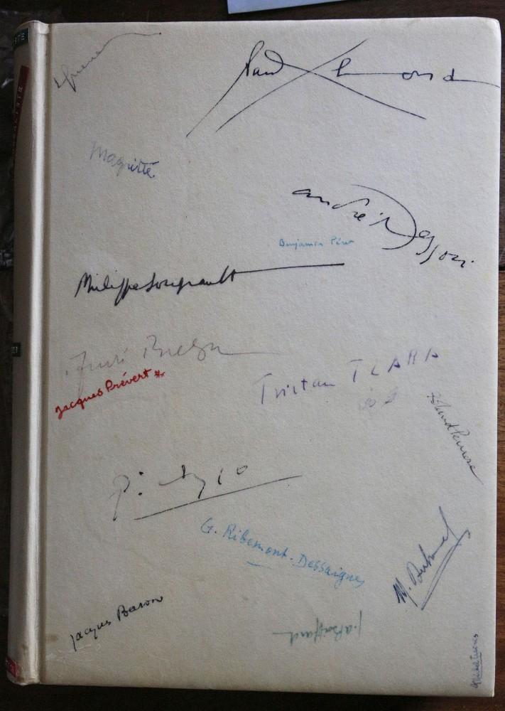 Signatures in La Revolution Surrealiste