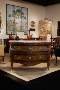 An 18th century Neapolitan commode c1760