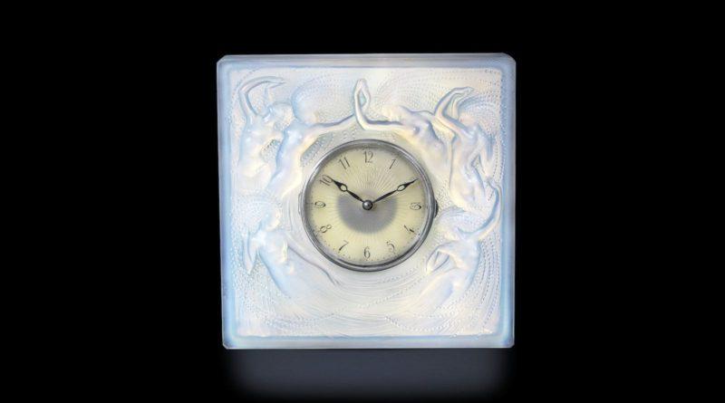 Lalique Sirenés' cloc