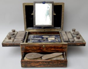 Dressing table chest