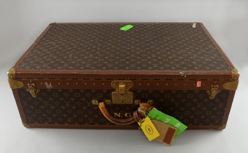 Noel Gallagher's suitcase