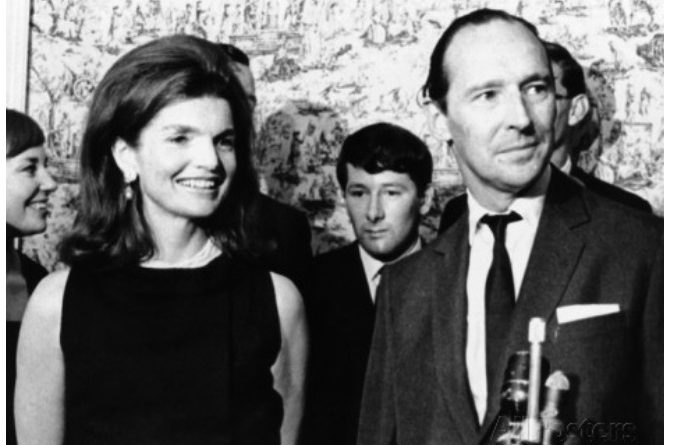Jacqueline Kennedy with David Ormsby Gore, 5th Lord Harlech