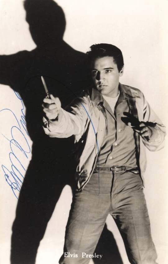 Signed black and white postcard photograph of Elvis Presley
