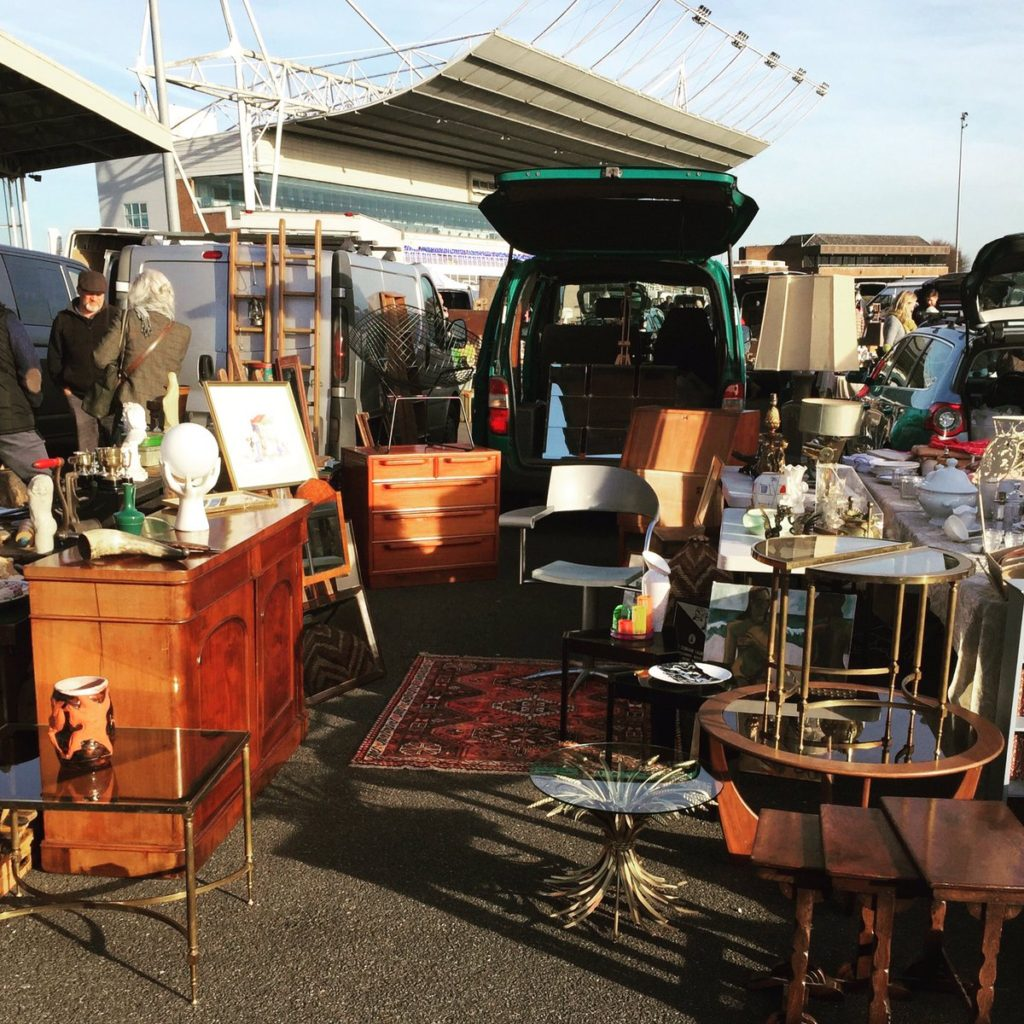 Kempton Park Antiques Market