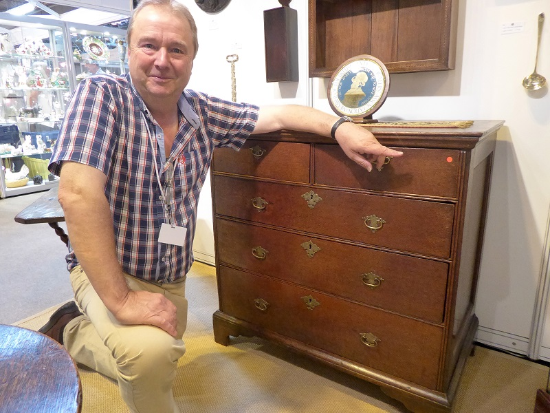 Mark Seabrook, Mark Seabrook Antiques from Cambridgeshire