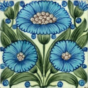 Bedford Park Daisy Tile, De Morgan Collection, courtesy of the De Morgan Foundation