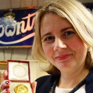 Catherine Southon and HK plague medal2