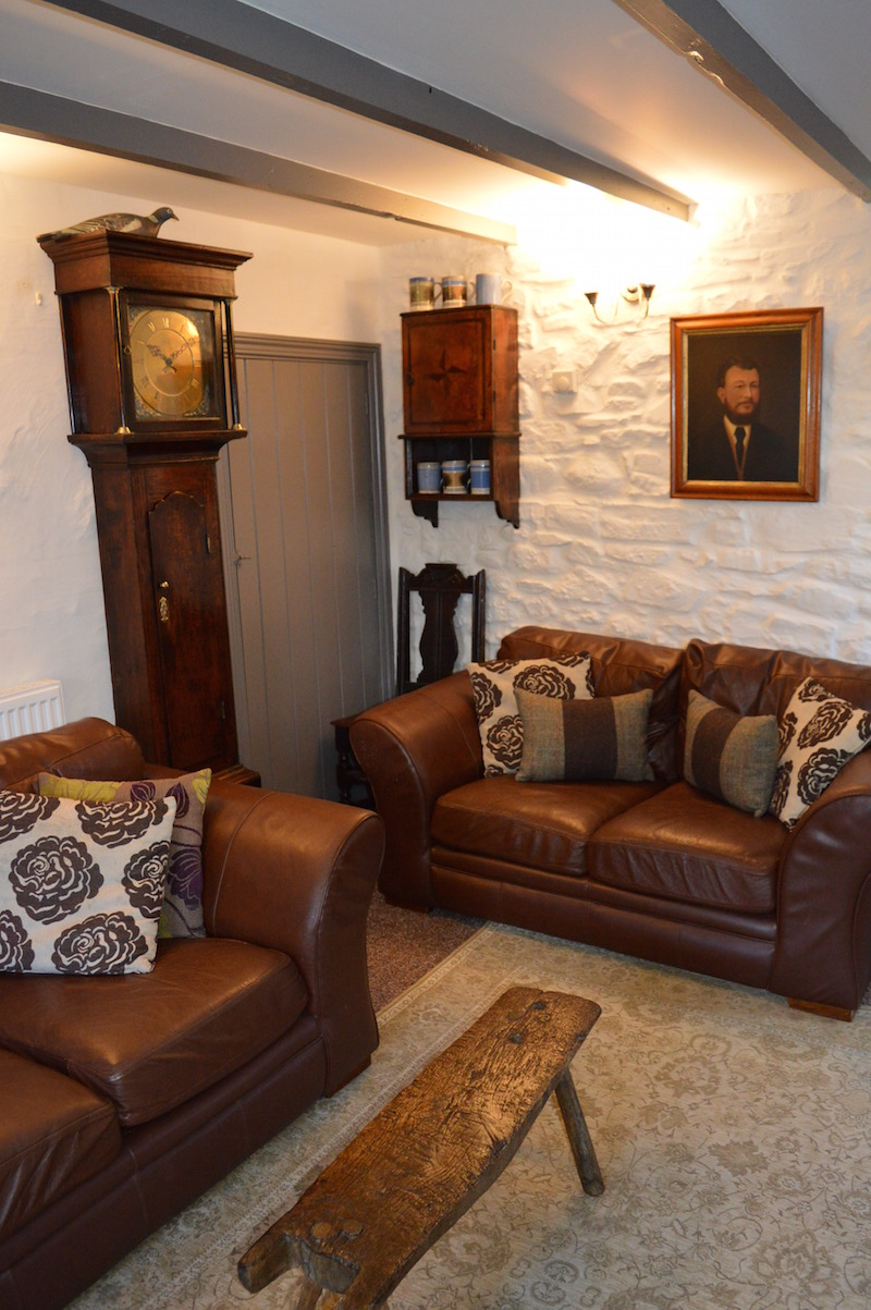 Welsh vernacular furniture