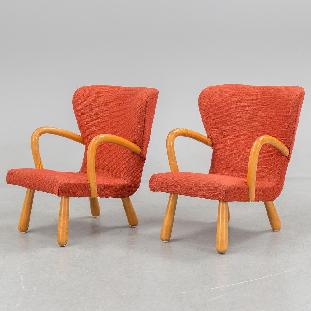 IKEA clam chair