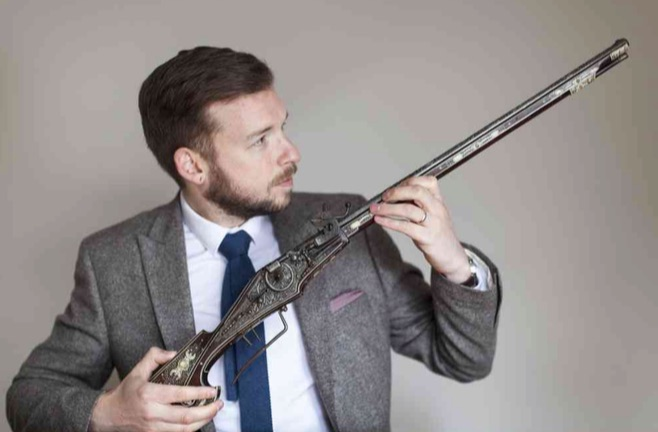Mark Littler and the antique gun