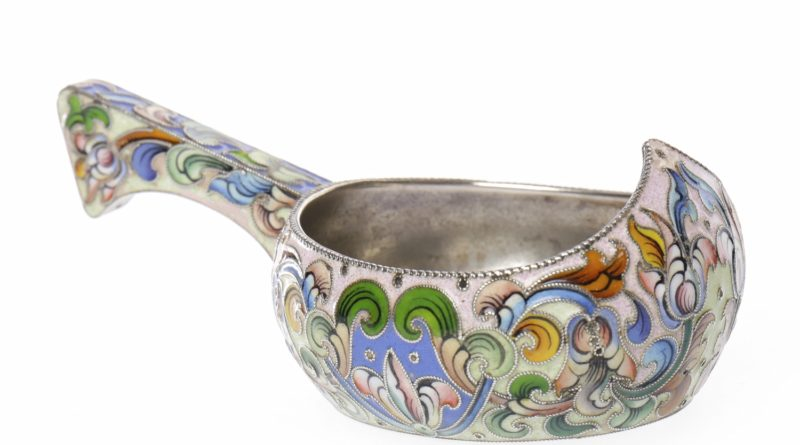 Russian silver and enamel kvosh