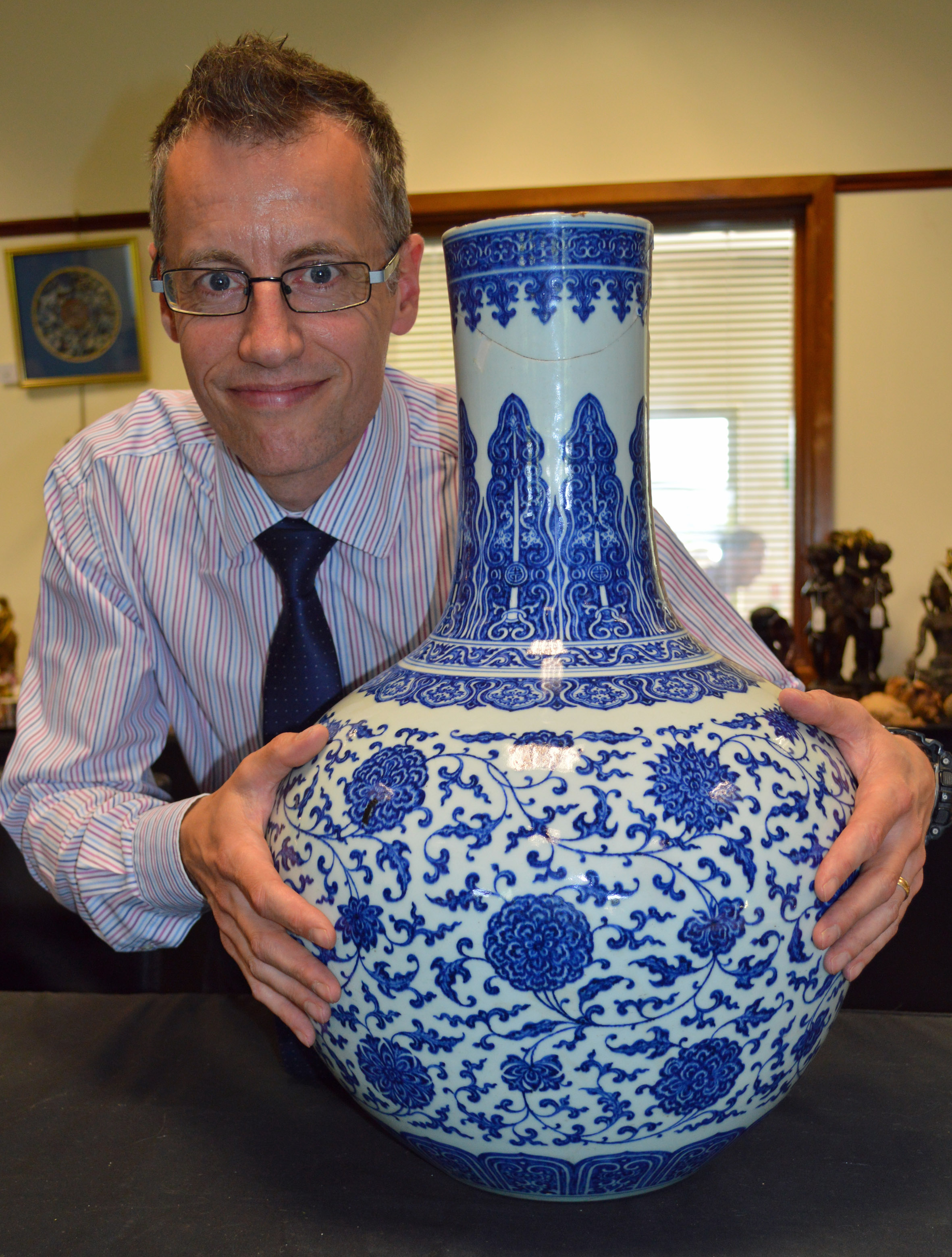 Alexander Clement with the vase