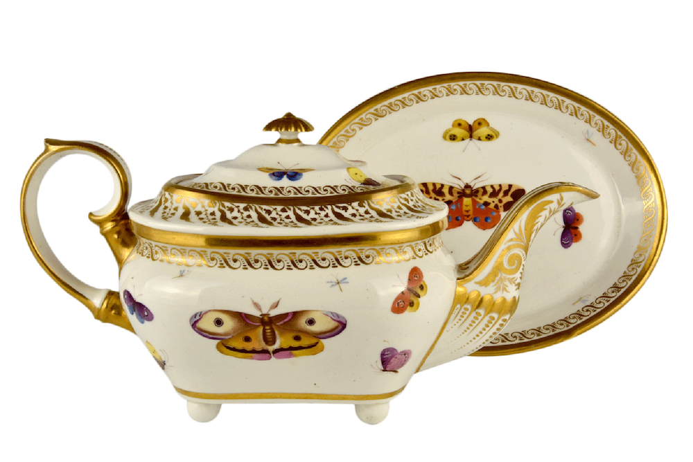 Derby tea pot cover and stand