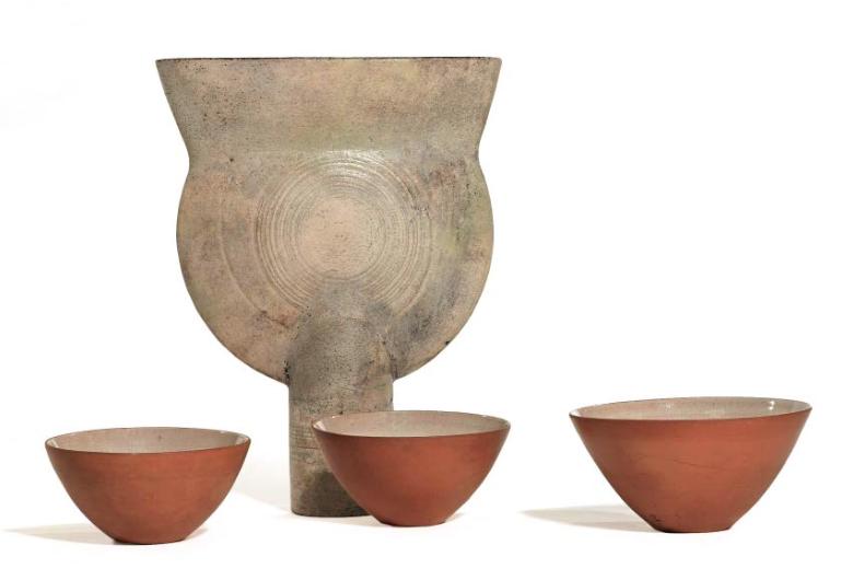 Hans Coper vase