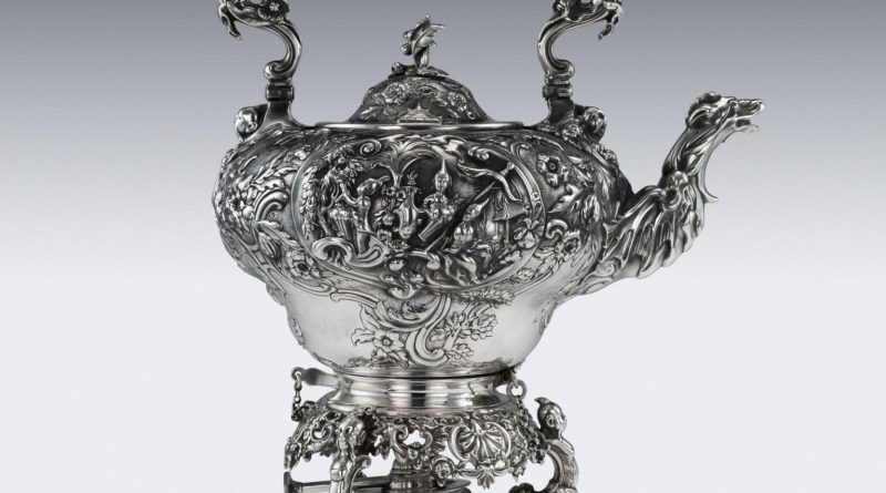 c.1829 Georgian Chinoiserie solid silver tea kettle by Paul Storr.