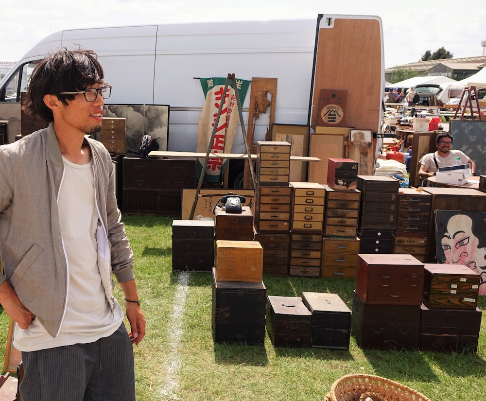Japanese antique dealers at IACF in Newark